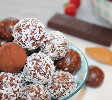 Terveelliset suklaapallot kookoksella ja kaakaolla
