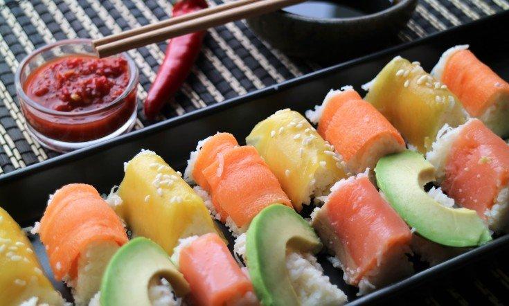 Maukas ja terveellinen Sushi kukkakaaliriisillä