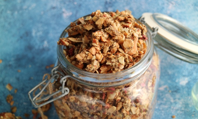 vähähiilihydraattinen granola