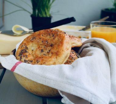 vähähiilihydraattinen leipä mantelijauhoista