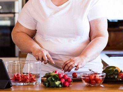 Hallitse mielihalusi ateriarytmillä